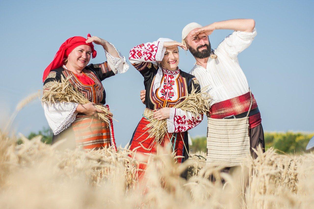 Традиции и особенности культуры